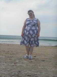 Her er meg i for eksempel det eg går i på stranda